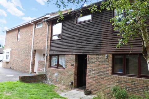 3 bedroom terraced house to rent - Hillberry, Birch Hill, Bracknell, Berkshire, RG12