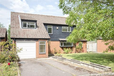 4 bedroom detached house to rent - Bursill Close, Headington, OX3