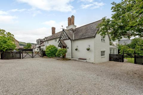5 bedroom detached house for sale - Ruthin, Denbighshire
