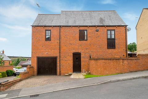 4 bedroom semi-detached house for sale - Renaissance Drive, Morley, Leeds