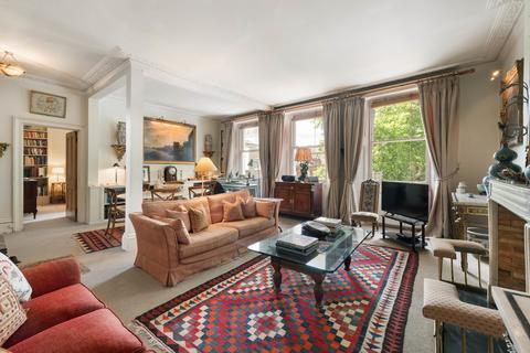 2 bedroom apartment for sale - Beaufort Gardens, Knightsbridge, SW3