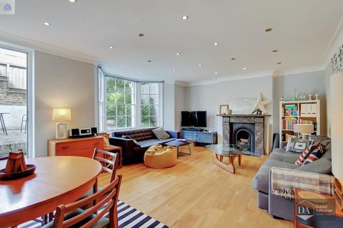 2 bedroom apartment for sale - Ashley Road, Stroud Green N19