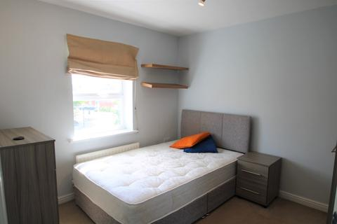 1 bedroom flat share to rent - Circus Square, Colchester