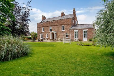 7 bedroom detached house for sale - Parkgate Road, Mollington, Chester
