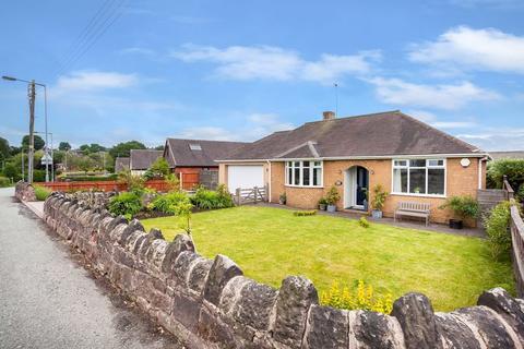 3 bedroom detached bungalow for sale - Woodhouse Lane, Biddulph Moor