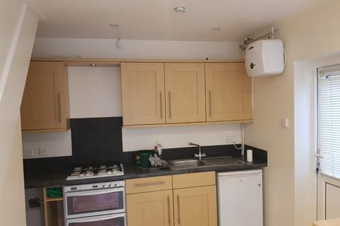 1 bedroom flat to rent - UXBRIDGE, UB8