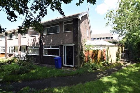 3 bedroom townhouse for sale - Lincoln Close, Runcorn