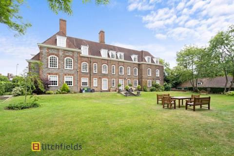 3 bedroom apartment for sale - South Square, Hampstead Garden Suburb,NW11