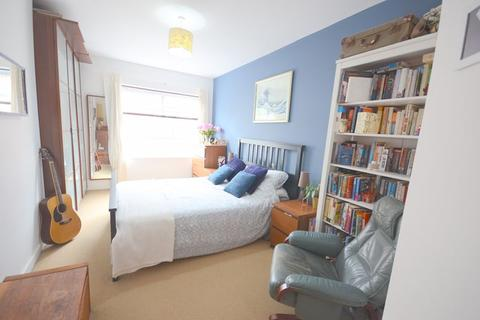 2 bedroom flat for sale - Norwich Avenue West, Bournemouth