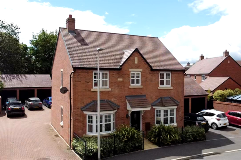 4 bedroom detached house for sale - Chatham road