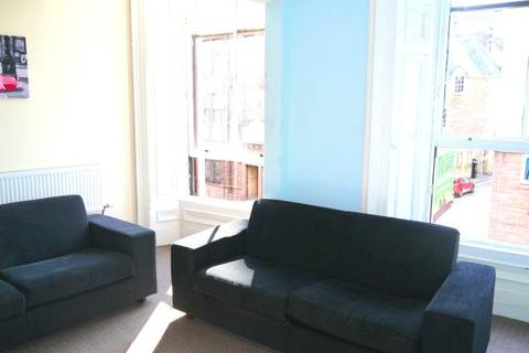 5 bedroom flat to rent - Meadowside, , Dundee