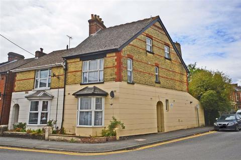 6 bedroom end of terrace house for sale - Sussex Avenue, Ashford, Kent