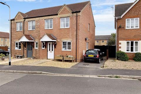3 bedroom semi-detached house for sale - Wintergold Avenue, Spalding