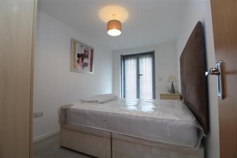 2 bedroom flat to rent - Gotts Road, Leeds
