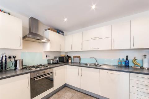 2 bedroom flat to rent - Violet Road, London, E3