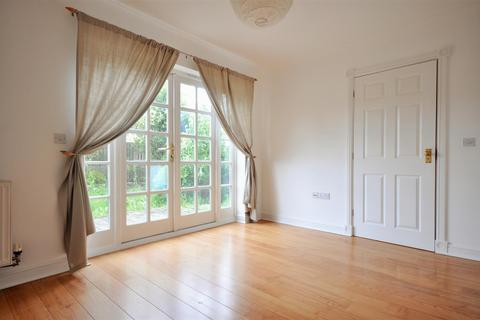 3 bedroom townhouse to rent - Bishopfields Drive, York