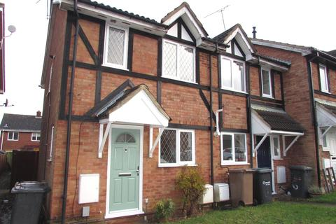 2 bedroom semi-detached house to rent - Swan Mead, Luton