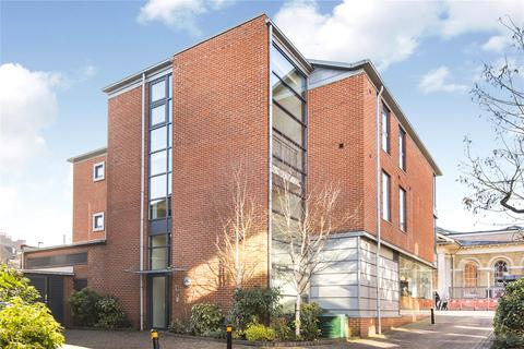 2 bedroom flat to rent - Exchange Square, Winchester, Hampshire, SO23