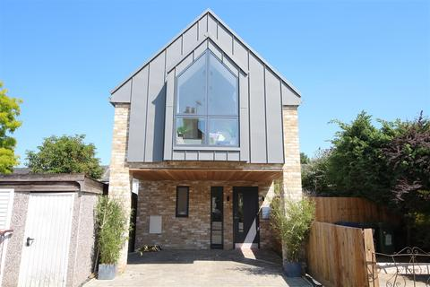 2 bedroom detached house for sale - North Street, Cambridge