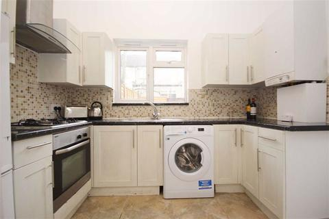 2 bedroom ground floor maisonette to rent - Edward Road, Walthamstow