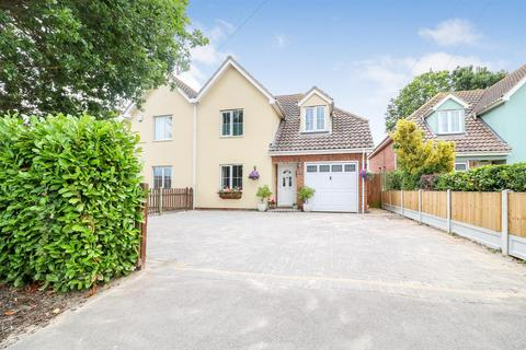 4 bedroom semi-detached house for sale - West Avenue, Mayland
