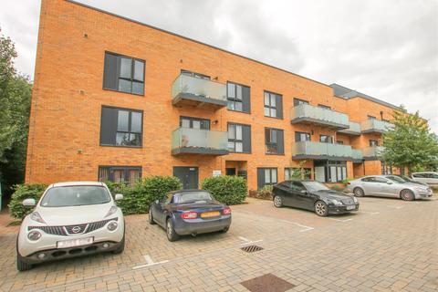 2 bedroom flat for sale - Brooks Mews, Aylesbury