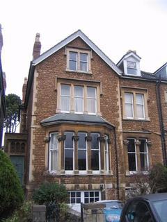 2 bedroom flat to rent - Hurle Crescent  - TFF, Bristol