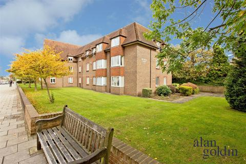 1 bedroom flat for sale - Birnbeck Court, Finchley Road, NW11