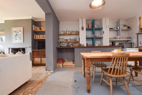 2 bedroom flat for sale - Milward Road, Hastings