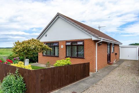 2 bedroom detached bungalow for sale - 5 Hunter Close, Patrington, Hull