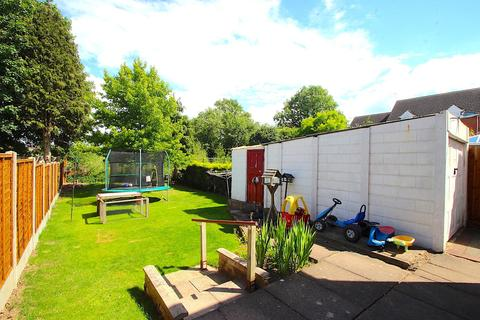 3 bedroom semi-detached house for sale - South Avenue, Leicester Forest East