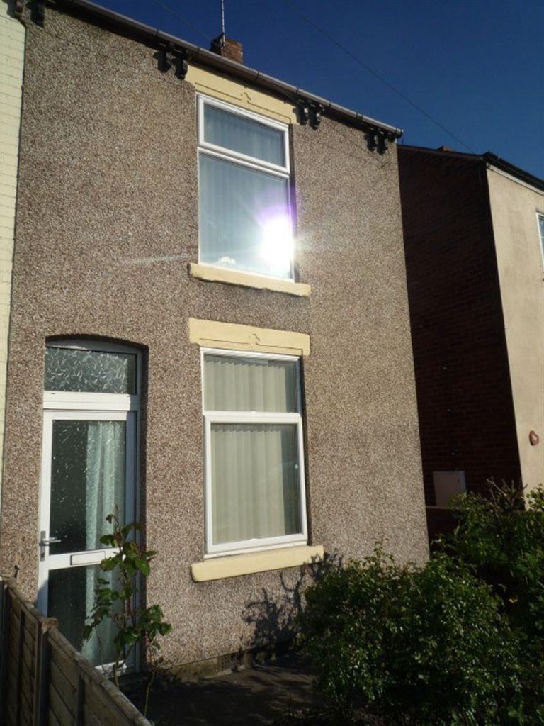 2 Bedrooms Terraced House for sale in Derby Road, Chesterfield, Derbyshire, S40 2EF