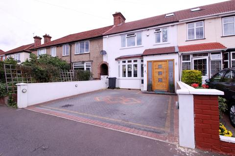 4 bedroom flat for sale -  Raleigh Road,  Southall, UB2