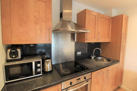 2 bedroom apartment to rent - Gateway North