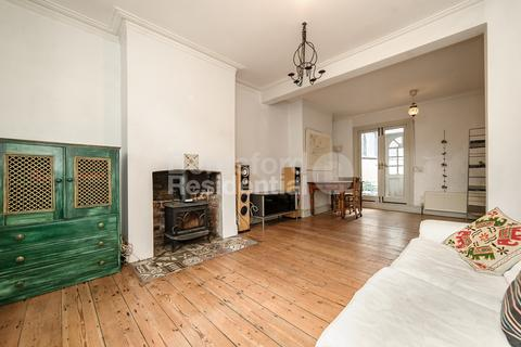 3 bedroom semi-detached house - Southwell road, Camberwell