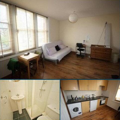 Studio to rent - Uxbridge road, shephards bush