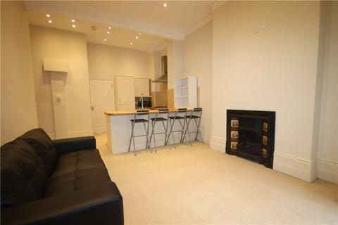 2 bedroom apartment to rent - Bolingbroke Road, London, W14