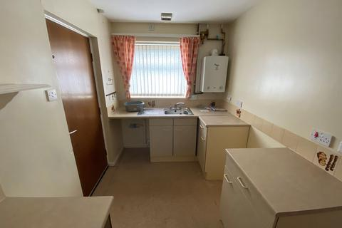 2 bedroom bungalow for sale - Devon Gardens, Marsden, South Shields, Tyne and Wear, NE34 7HY