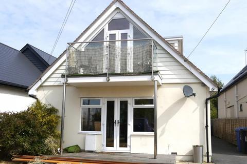 4 bedroom detached house for sale - Lulworth Avenue, Hamworthy, Poole, Dorset, BH15