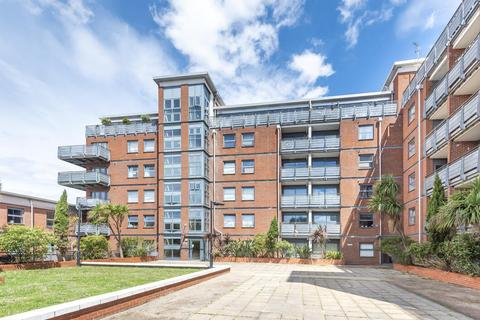 2 bedroom flat for sale - Berber Parade, Woolwich