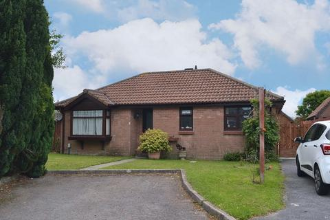 2 bedroom detached bungalow for sale - Blackthorn Place, Sketty, Swansea, City And County of Swansea. SA2 9JW