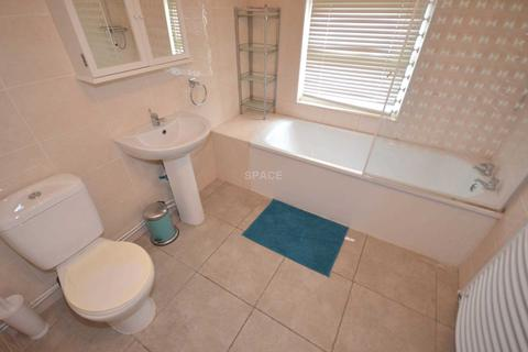 4 bedroom terraced house to rent - Victoria Street, Reading, RG1 4NQ