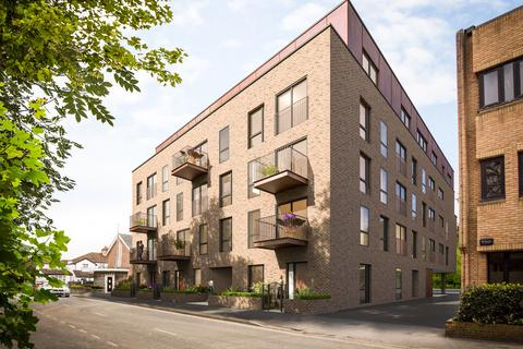 2 bedroom penthouse for sale - Aston House, Gerrards Cross, Buckinghamshire, SL9