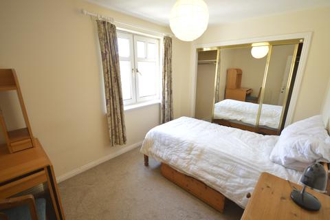 3 bedroom flat to rent - Edinburgh EH11