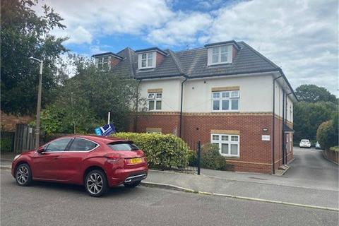 1 bedroom flat to rent - Charhope Court, 23 Langley Road, Branksome