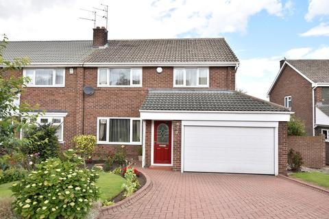 4 bedroom semi-detached house for sale - Fernsway, Tunstall
