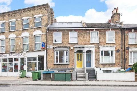 1 bedroom ground floor flat to rent - Lausanne Road, Peckham, SE15