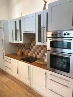 2 bedroom terraced house to rent - St Osburgs Road,