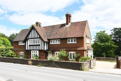 4 bedroom detached house for sale - Witley