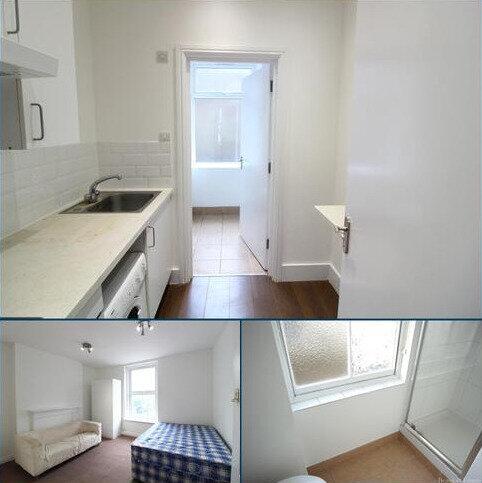 Studio to rent - Kentish Town Road, Kentish Town NW1